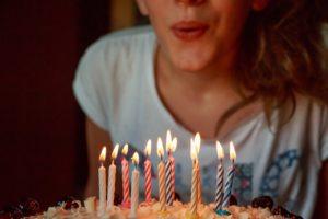 Comment fêter l'anniversaire de mon adolescent(e) ?